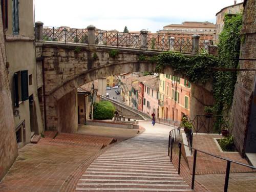 Perugia 500x375 Viajes baratos a Perugia, un paseo por la historia en un entorno sensacional