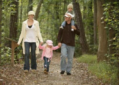 familia naturaleza 500x359 Turismo de Salud, Activo y de Aventura