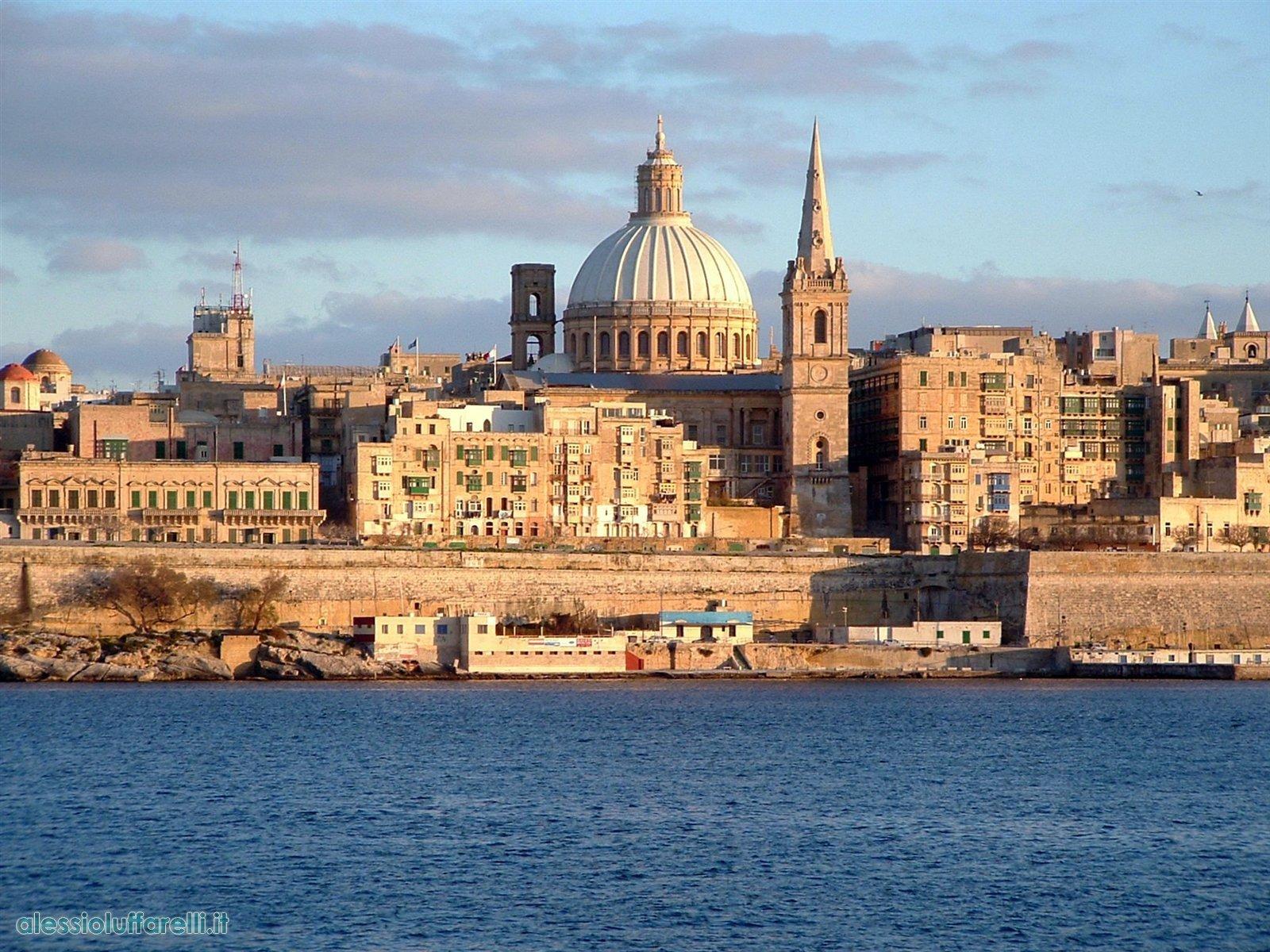 la valletta malta Viajes baratos a Malta, el gran museo al aire libre de la historia del Mediterráneo
